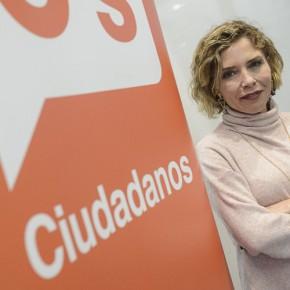 """Marta Martín, portavoz de Educación de Ciudadanos: """"Es un error enfrentar a la población y tratar de adoctrinar usando el euskera"""""""
